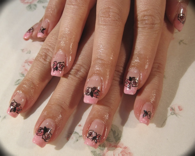 Gelish Marbling And Roses Outline French Tip Version