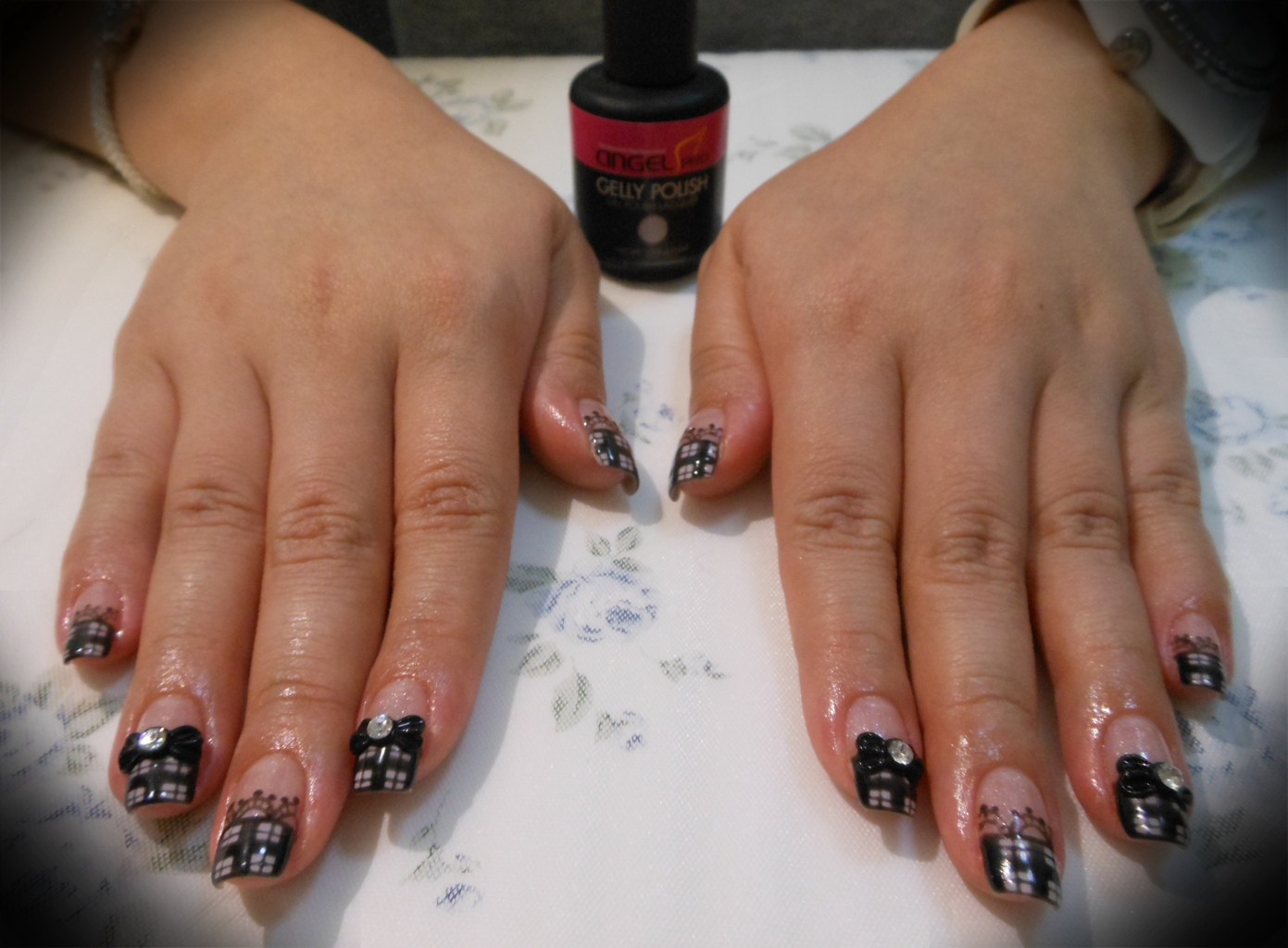 Displaying 19> Images For - Gothic Nail Designs...