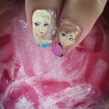 Customised Frozen nails!